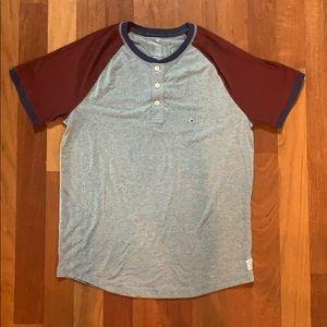 American Eagle short sleeve T-shirt